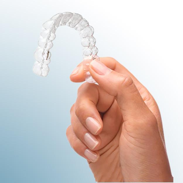 Unsichtbare Zahnspange Invisalign